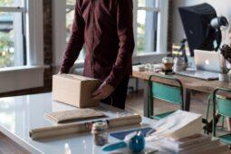 reverse logistics shipping parcel