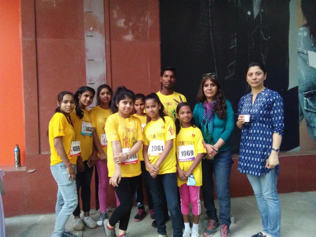 Diksha participates in HealthSetGo Run in Gurugram