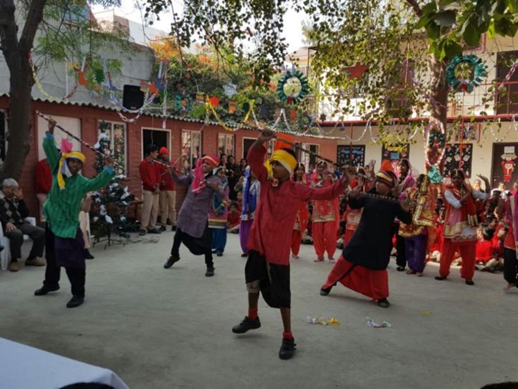 McCormick India-Kohinoor Brings Fun-day to Diksha Children!
