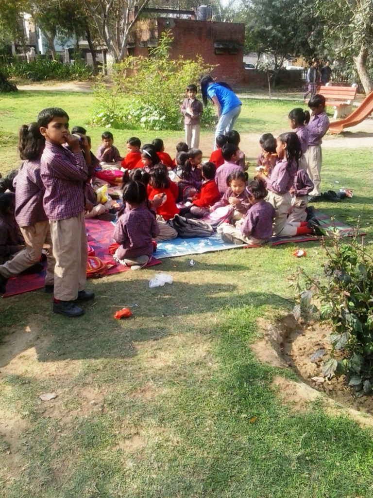 Nursery and KG children have a picnic!