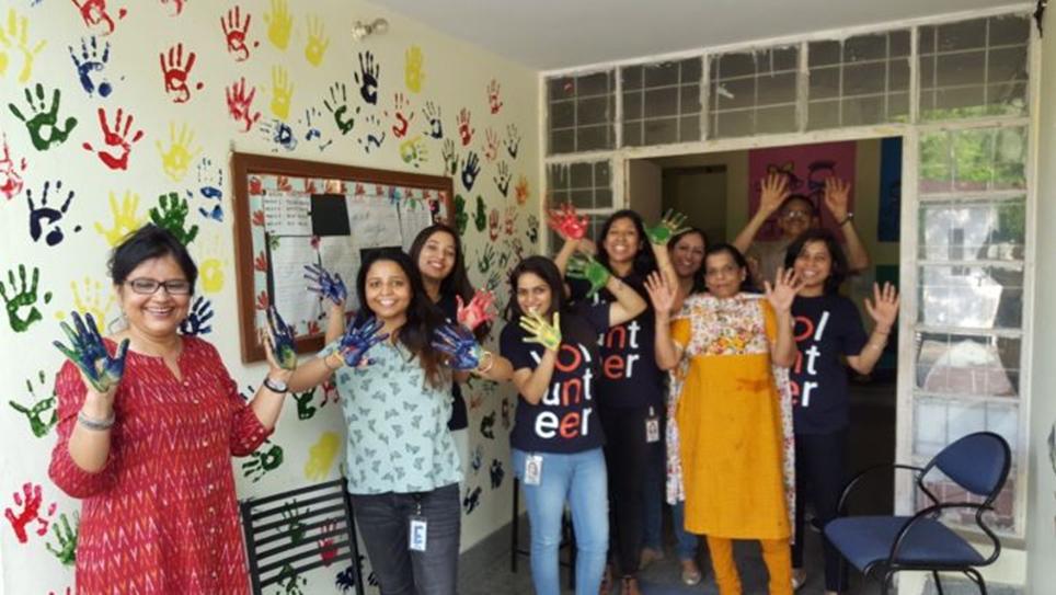 Google (India) gifts wall art to Diksha