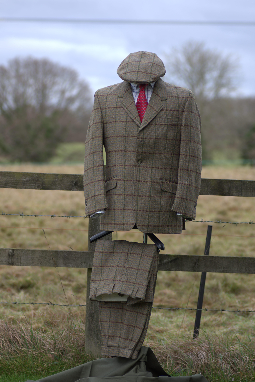 Set 1_two_piece_suit-min