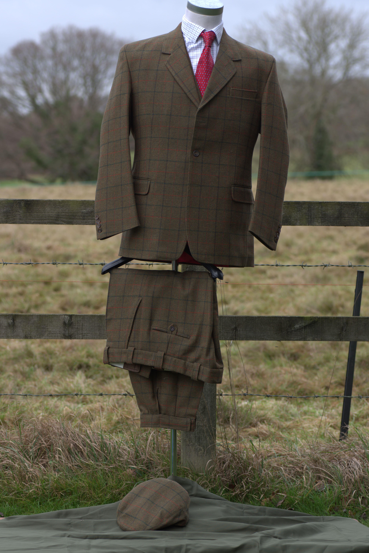 Set_5_3_peice_suit_with_cap-min
