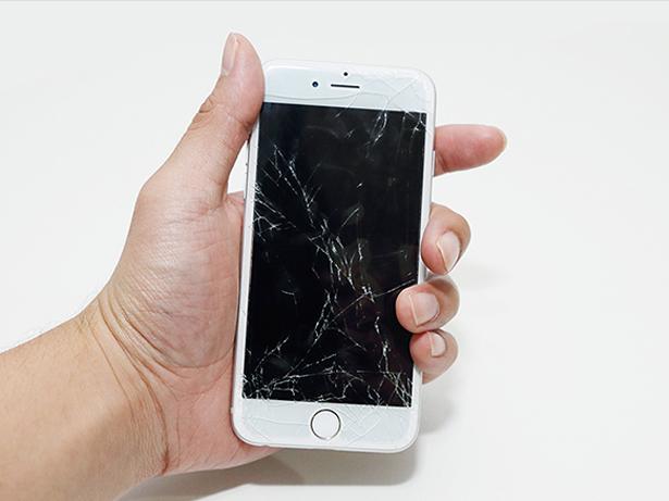 broken-screen-iphone8