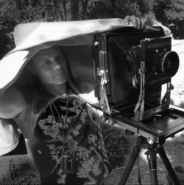 Photographer who creates Art