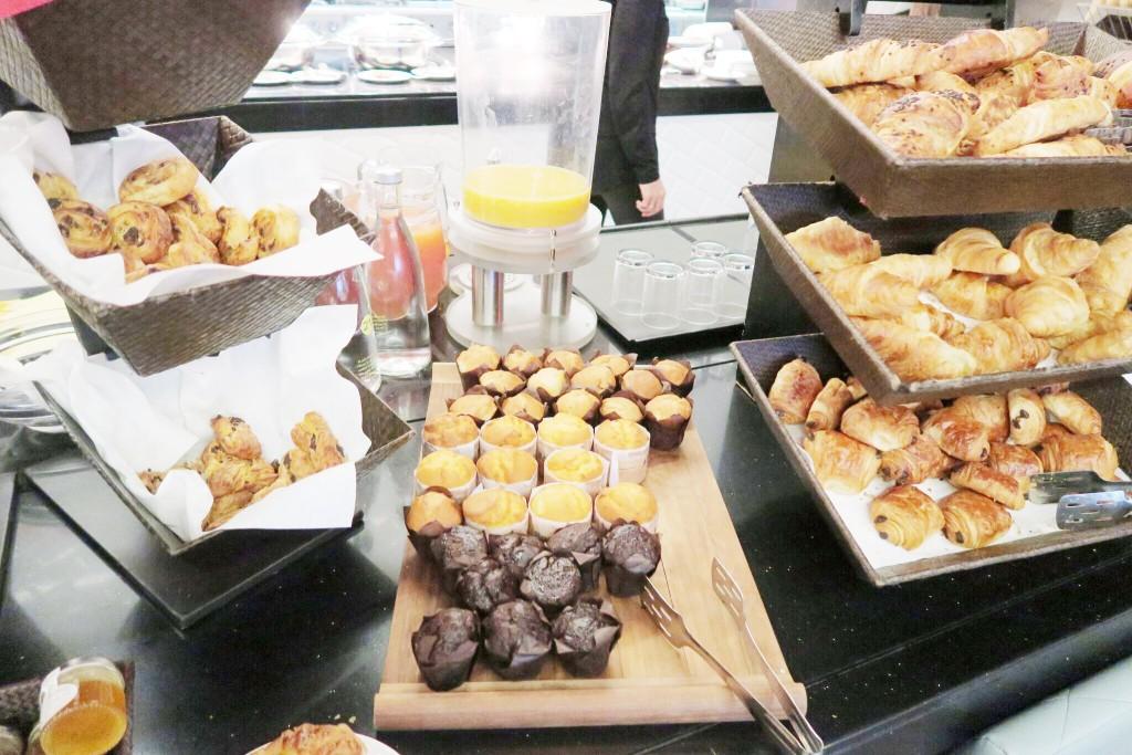 Novotel London Blackfriars breakfast 2