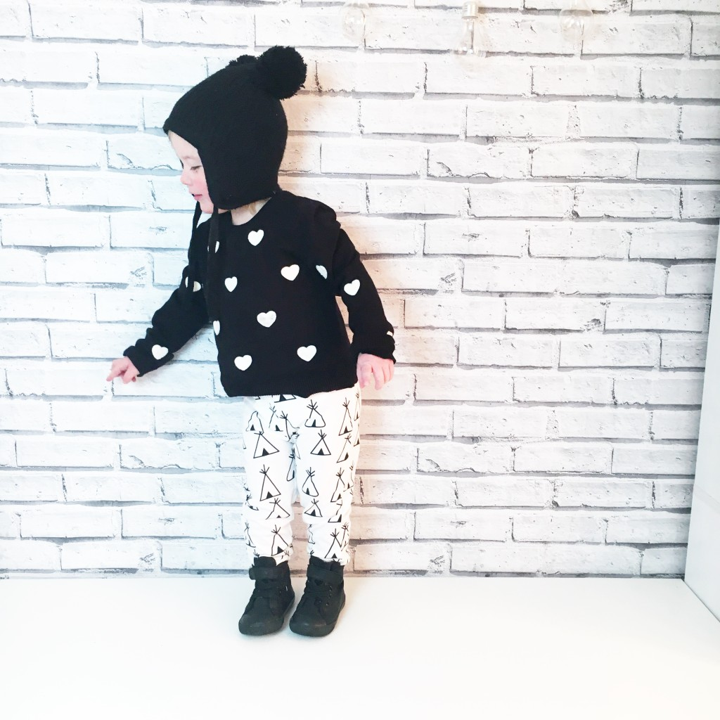 toddler fashion monochrome