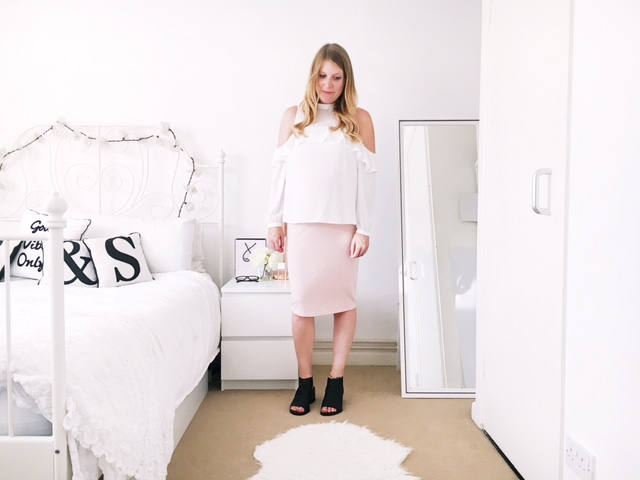 maternity pregnancy workwear fashion ootd asos skirt and blouse