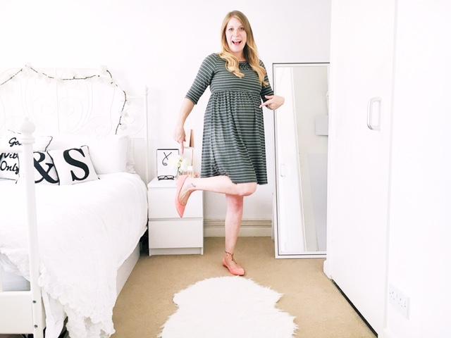 maternity pregnancy workwear fashion ootd next stripe dress