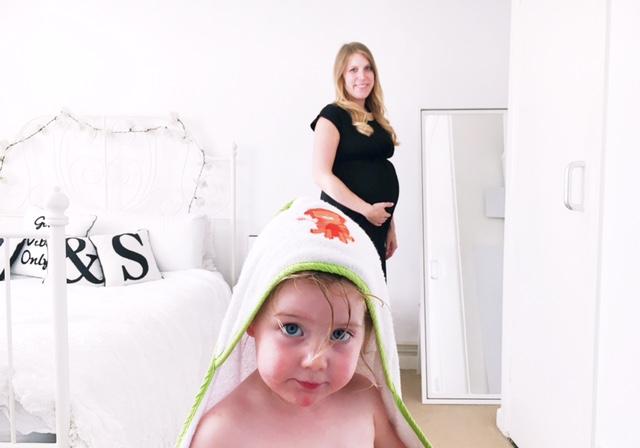 maternity pregnancy workwear fashion ootd toddler fail 2