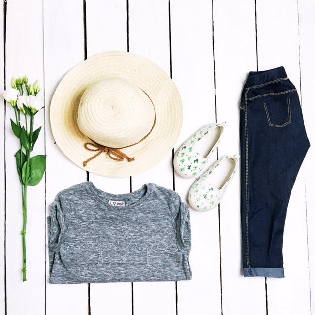 next zara hm girls kidswear magnifique tee straw hat glittter sandals