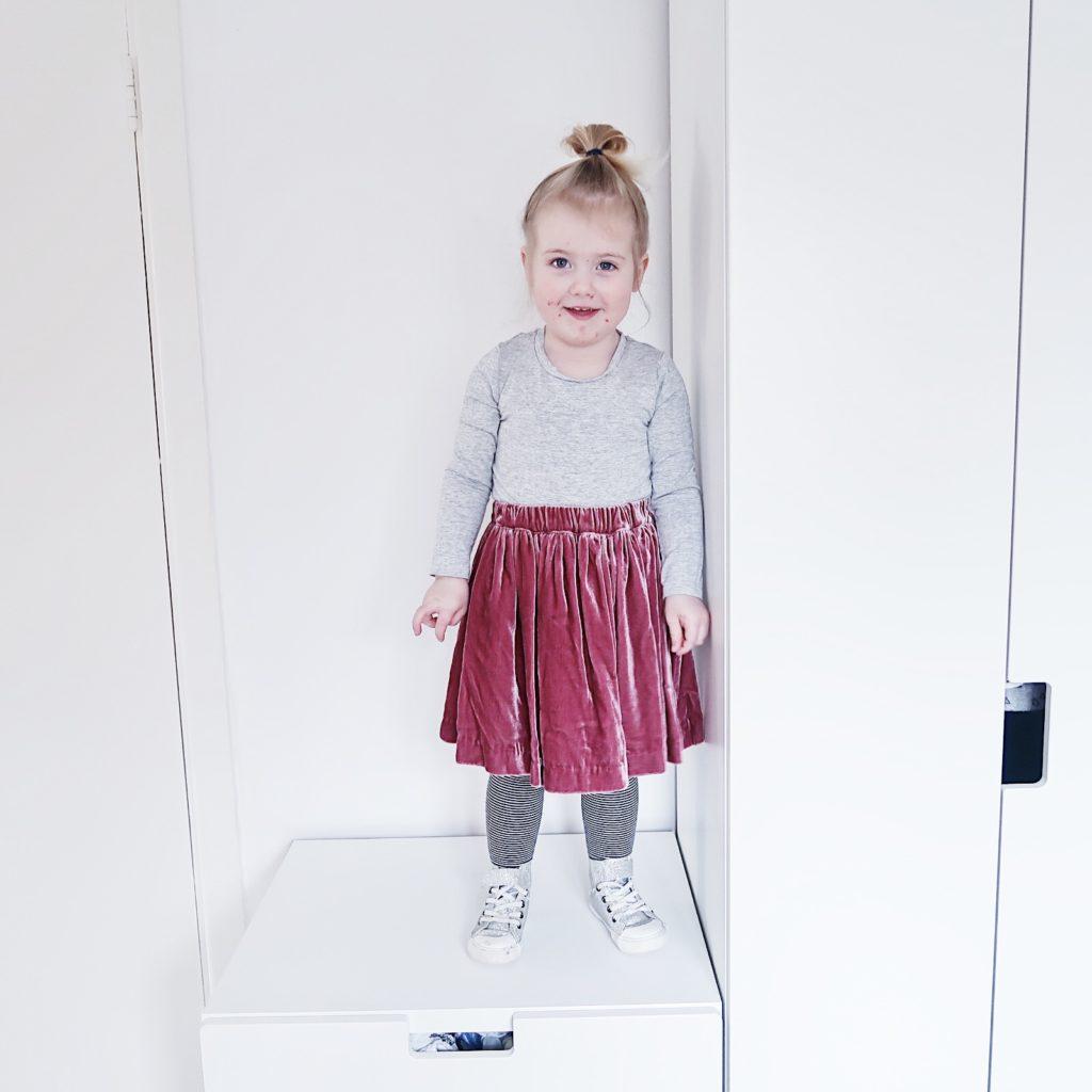 toddler girl ootd velvet skirt