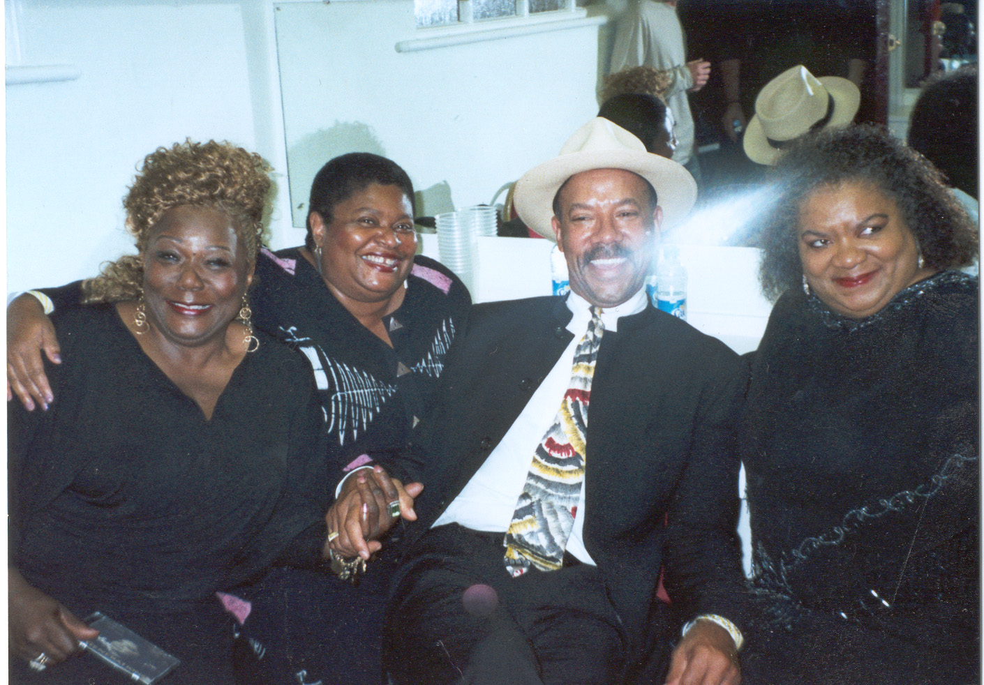 Michael with Zora Young, Deitra Farr and Grana Louise, Colne Blues Festival, UK (2007)