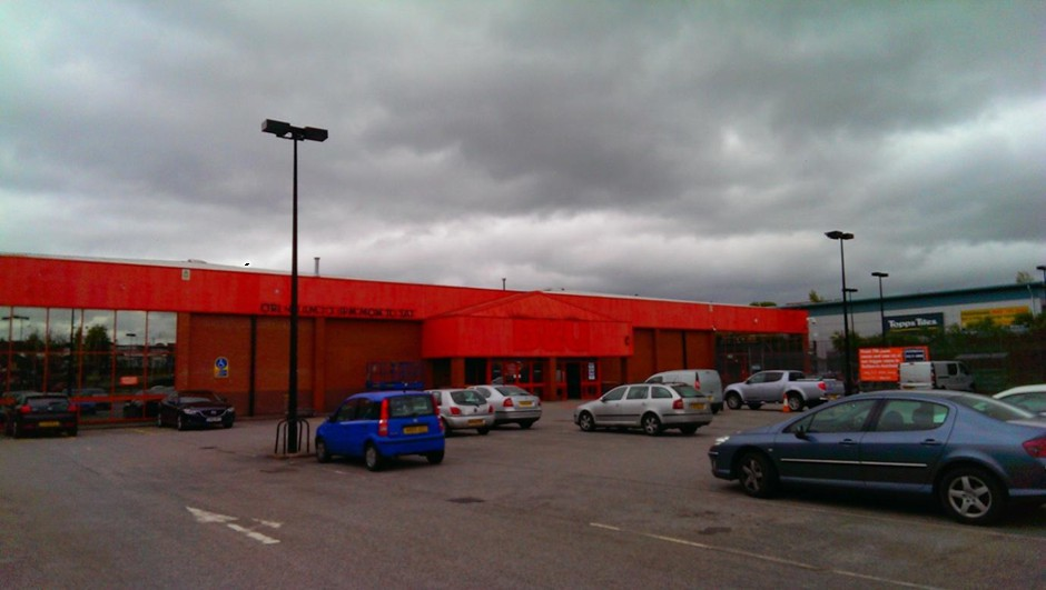Strip Out & Refurbishment of Former B&Q Retail Warehouse, Mansfield