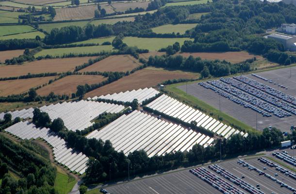 4.1MWp solar farm with ground screw foundation