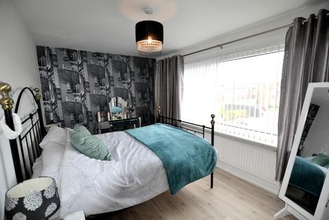 Lind Bed 2