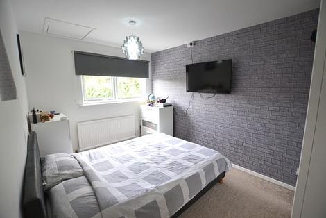 Lind Bed 3