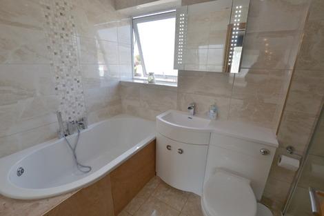 Dah Bath