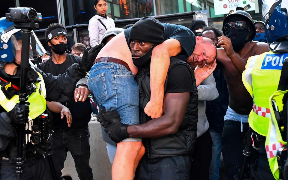 patrick-hutchinson-counter-protest-picture-13-06-20