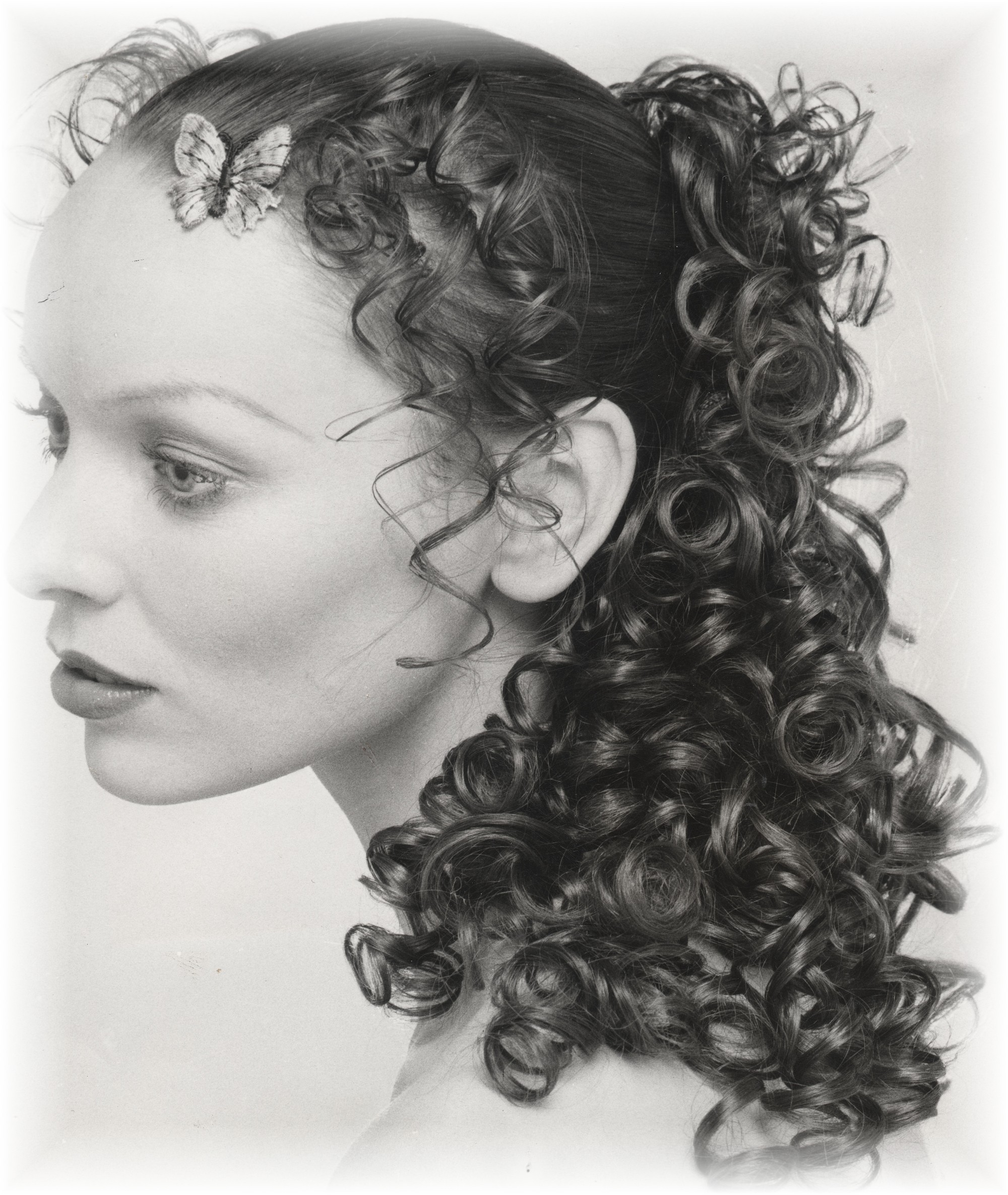 Curls & ringlets - mid 70s