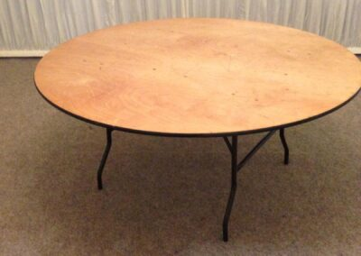 County Marquees East Anglia - 5ft-6-Round-table