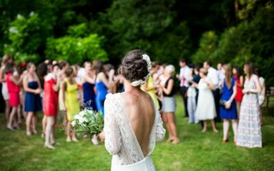 Five Things You Need to Know When Hosting an Outdoor Wedding
