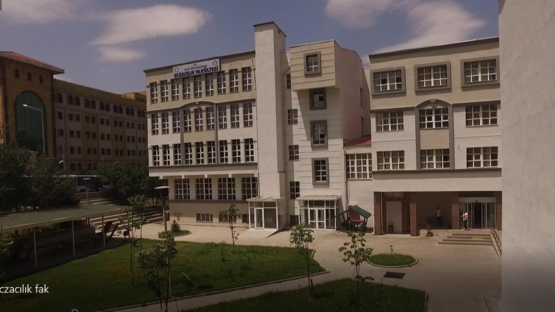 Eczacılık Mesleği ve Gazi Üniversitesi Eczacılık Fakültesi