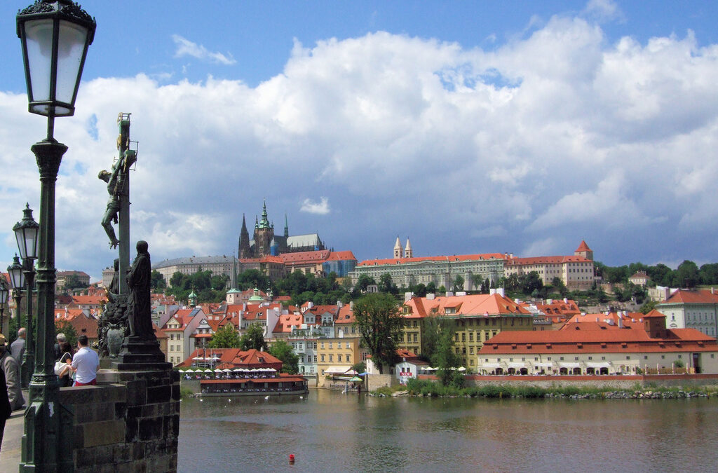 Experience the Nostalgia and Beauty of Prague Castle