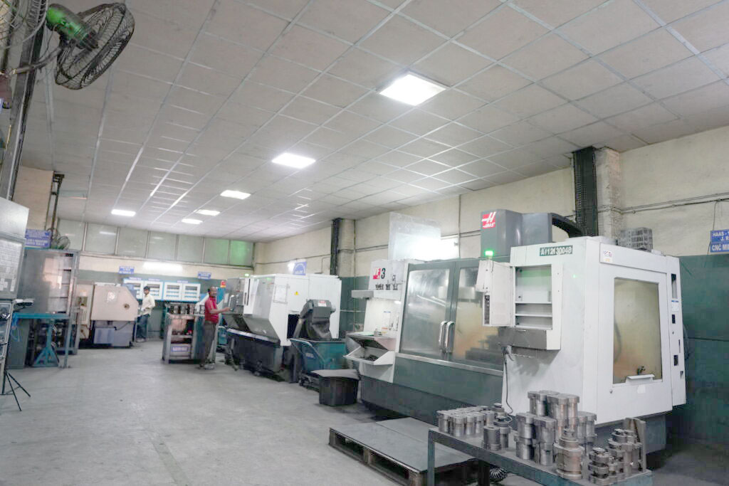 """Mould – """"Sonicam"""", France & """"Hass Lathe"""", USA"""