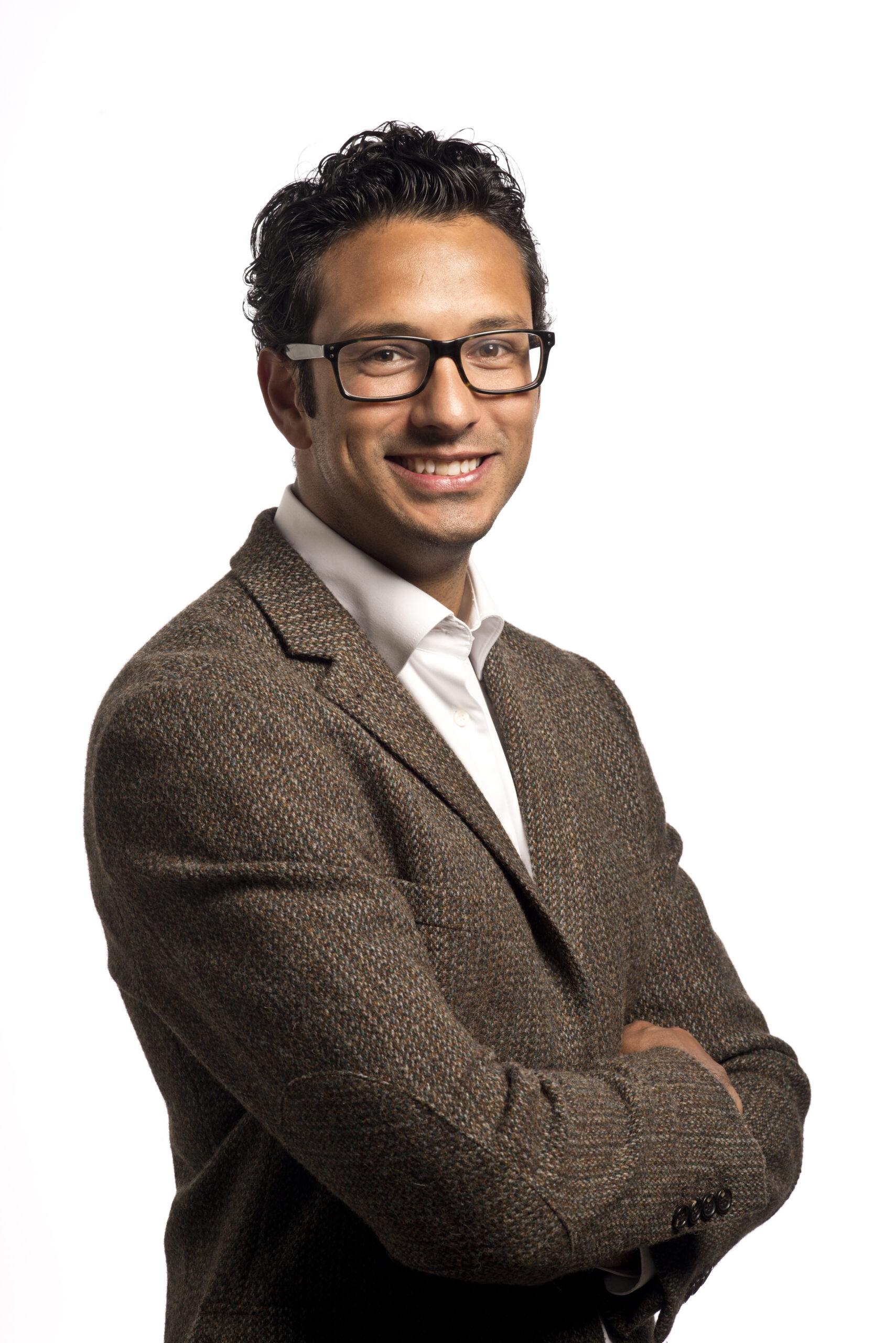 Alex Dharmawan Front