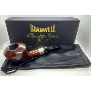 Stanwell Pipe of the Year 2017 with box & pouch