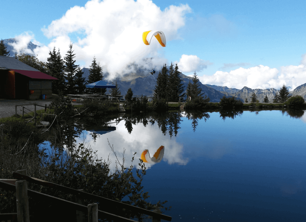 Paragliding Switzerland Engelberg Luzern brunnihütte mountain lake