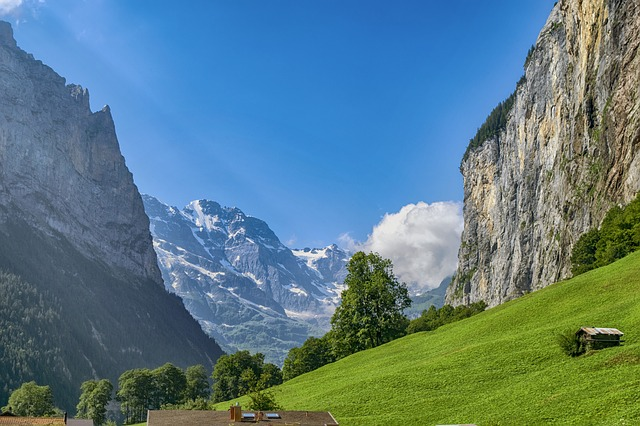 guided hikes in Europe