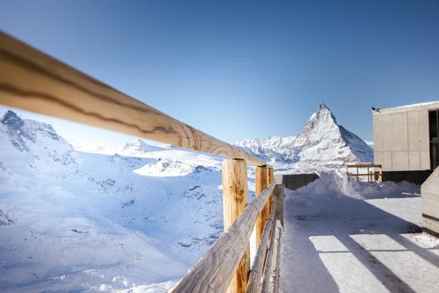 skiing in jungfrau