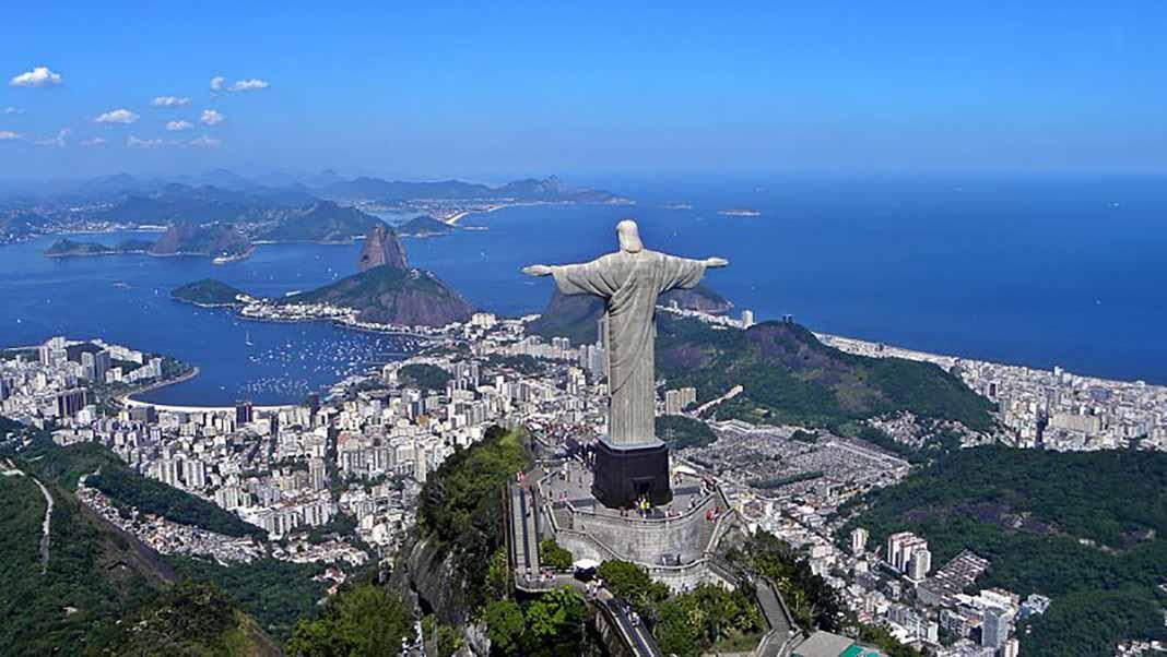 La estatua sería más del doble de alto que el Cristo de Corcovado de Río de Janeiro