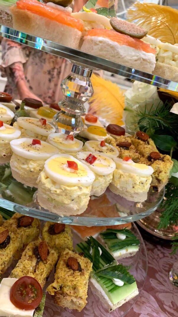 Había una rica variedad de aperitivos para los invitados