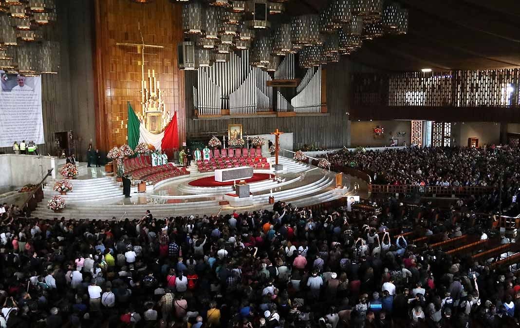 Las cenizas del artista fueron llevadas a la Basílica de Guadalupe, como era el deseo del cantante