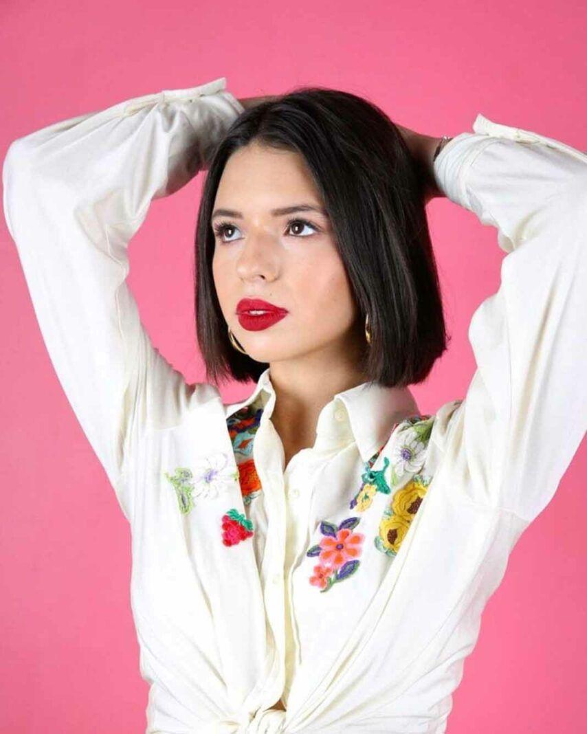 Ángela Aguilar está tomando clases y será supervisada por la misma coreógrafa que preparó a JLo para la película 'Selena'