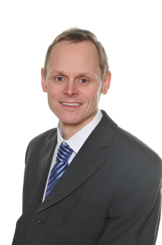 Mr Andrew Leeming