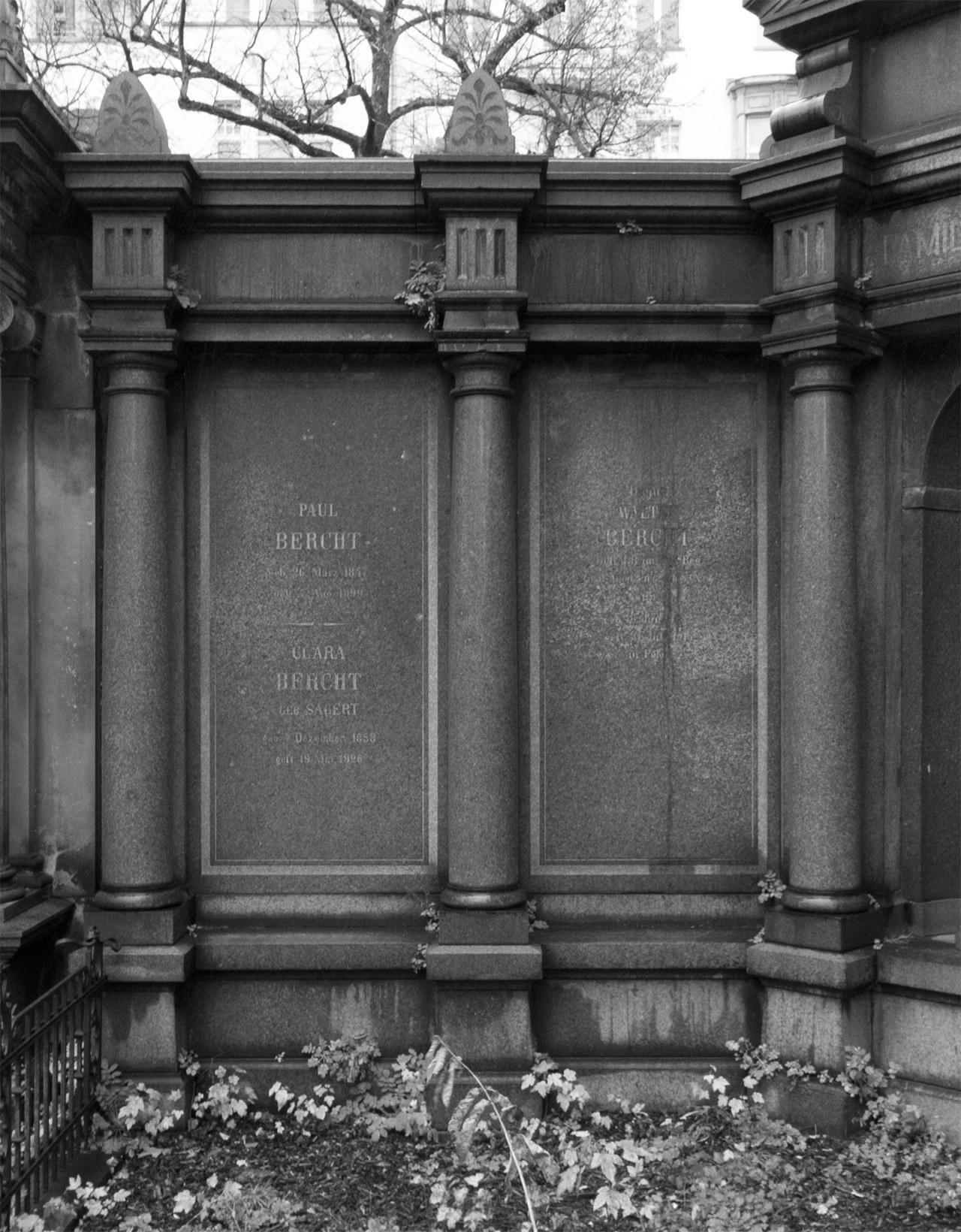 Klasse John Morgan Tombstone-Wall