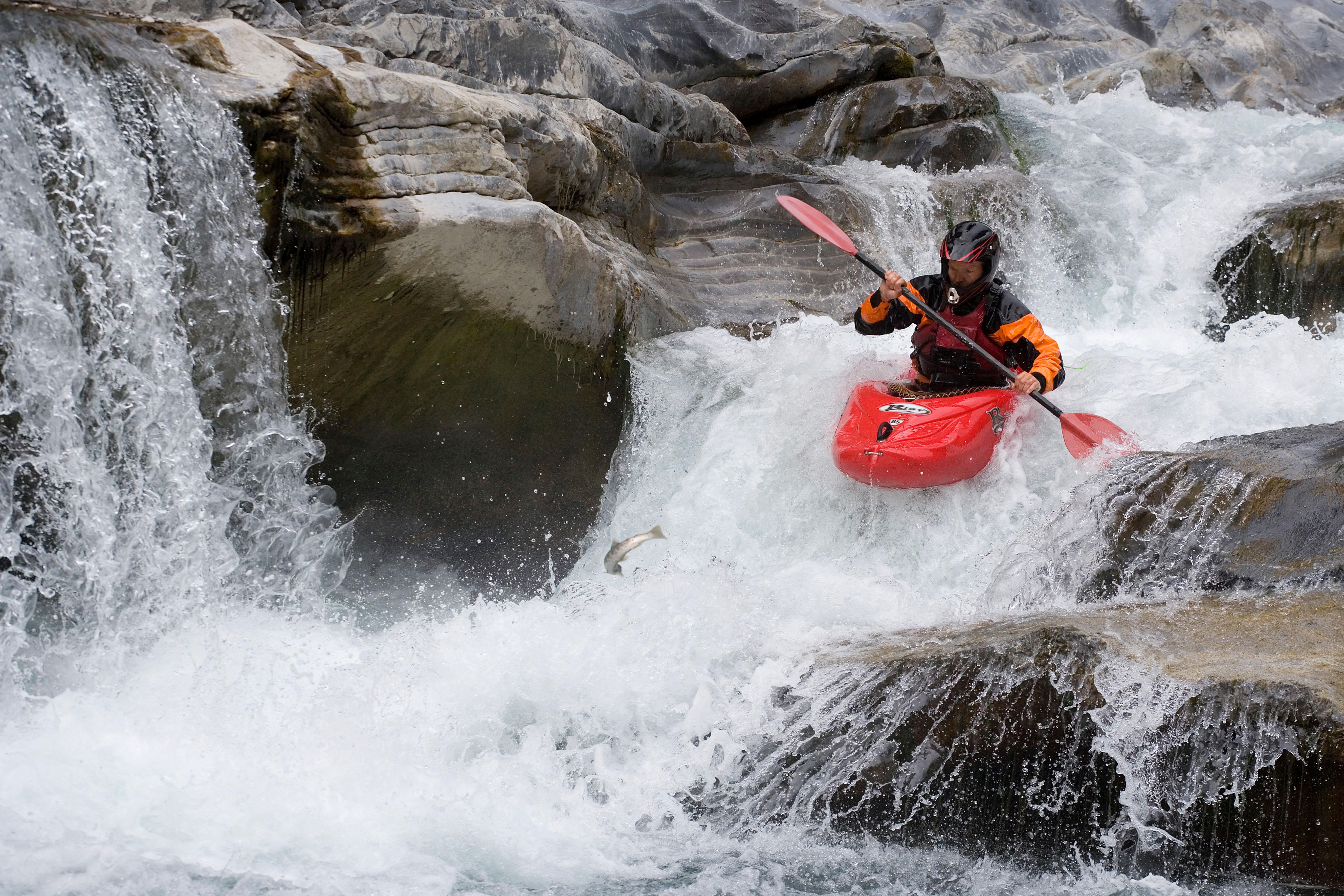 Kayaking near Chalet Carpe Diem