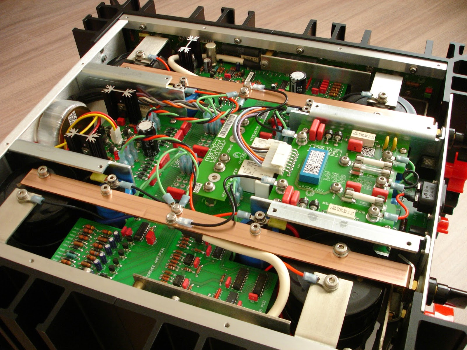 Mark Levinson No 331 stereo amp