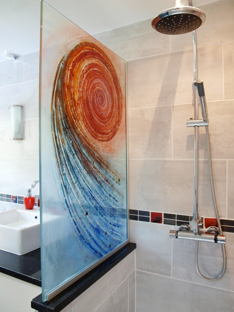 Spiral Design laminated shower screen