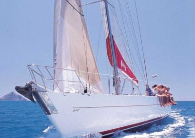 matador-whitsundays-tour-sailing
