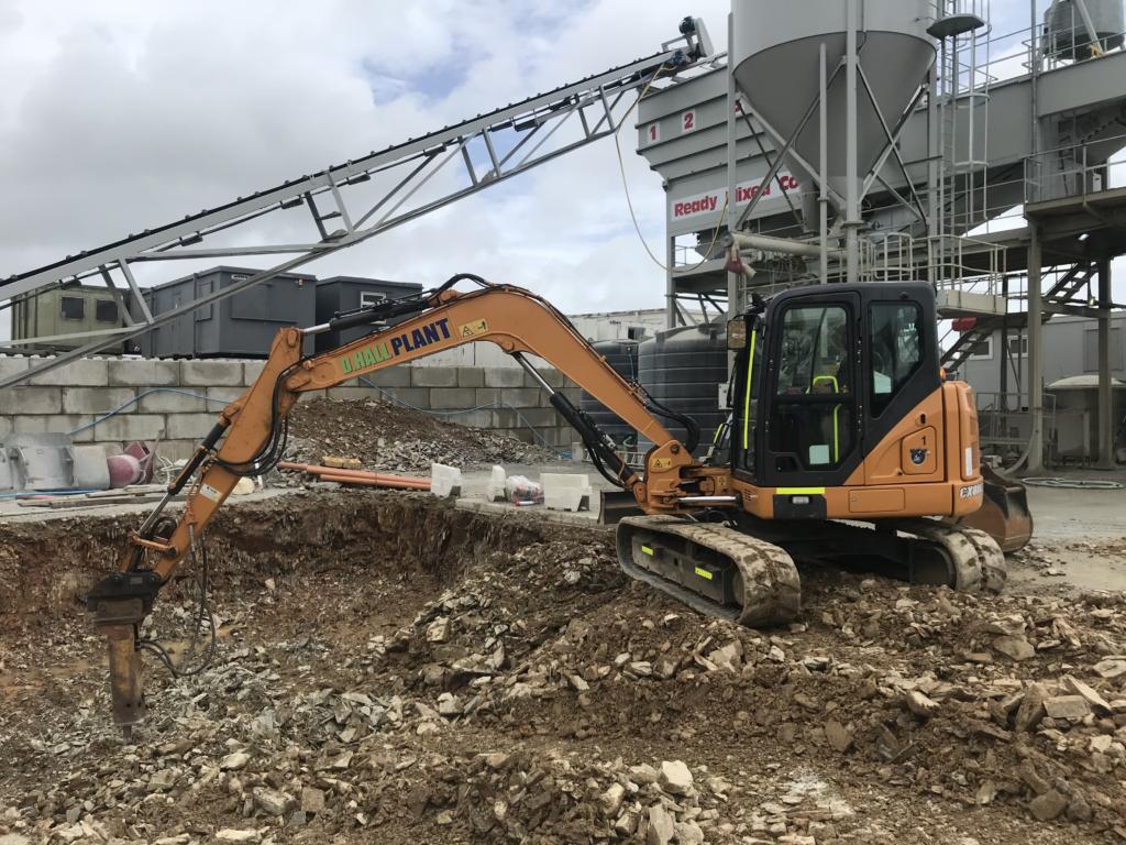8Tonne Excavator Digger Breaker Plymouth