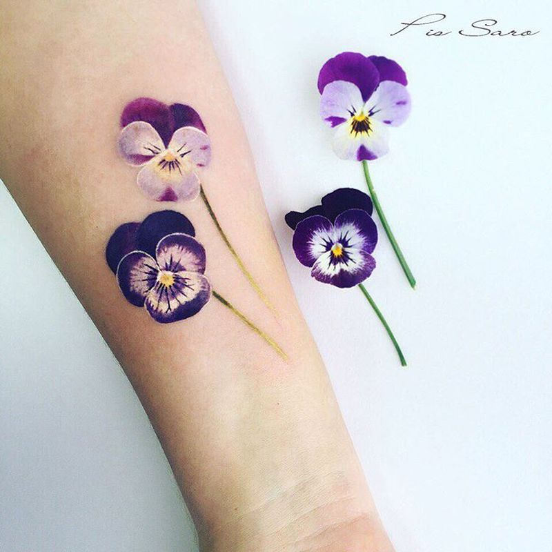 floral tattoo by Pis Saro