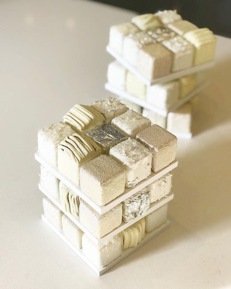 winter rubik cube cake