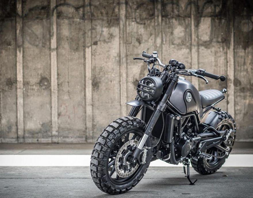 Dark Simb motorcycle