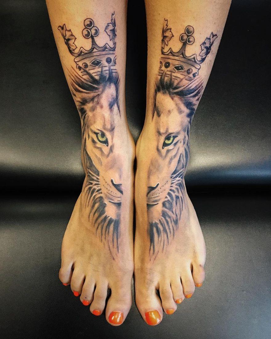 leg lion tattoo
