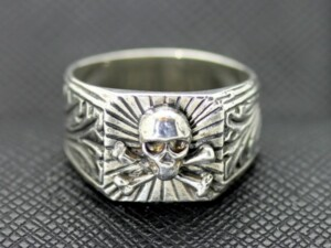 German ring Totenkopf skull military